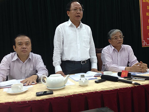 Ông Tất Thành Cang, Phó Chủ tịch UBND TP, phát biểu tại buổi làm việc Ảnh: NGUYỄN LUÂN