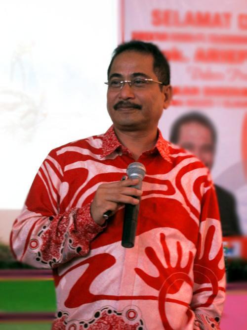 Bộ trưởng Du lịch Indoneisa Arief Yahya cho biết Indonesia sẽ miễn thị thực cho 25 quốc gia mới. Ảnh: IB Times