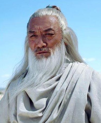 Vai Trương Tam Phong trong phim Ỷ thiên đồ long ký phiên bản năm 2005