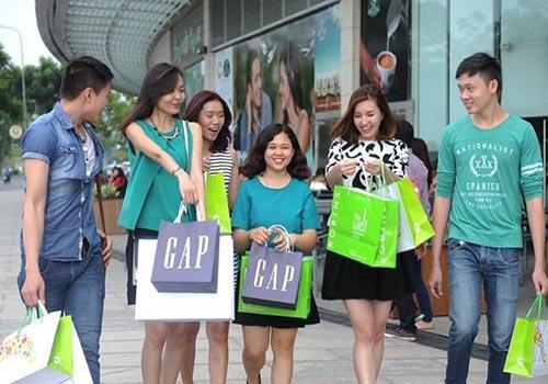 """Thả ga mua sắm với nhiều ưu đãi """"khủng"""" trong ngày 31-1 Ảnh: NGUỒN PMH"""