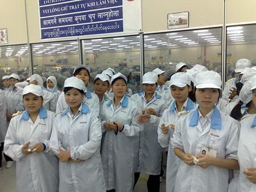 Ra nước ngoài làm việc trong nhà máy, lao động nữ ít gặp rủi ro hơn sang Ả Rập Saudi làm giúp việc gia đình