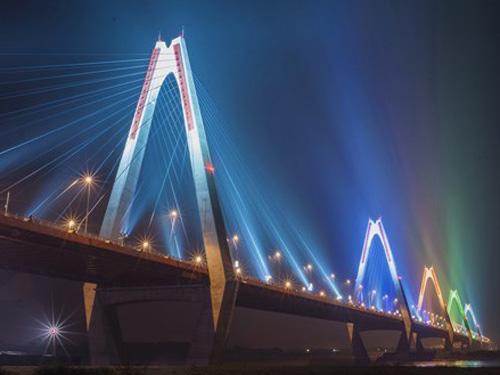 Hà Nội cấm mọi phương tiện qua lại cầu Nhật Tân đêm giao thừa để người dân lên cầu xem bắn pháo hoa