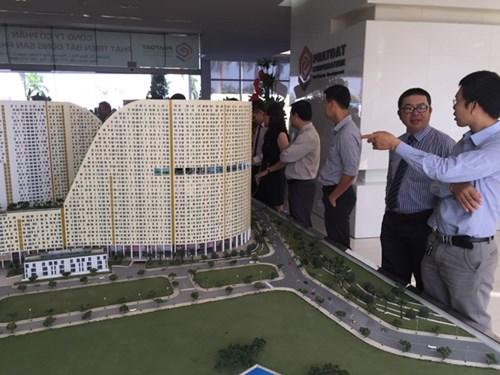 Nhiều chuyên gia nhận định bất động sản hiện được xem là kênh đầu tư hấp dẫn - Ảnh: Đình Sơn