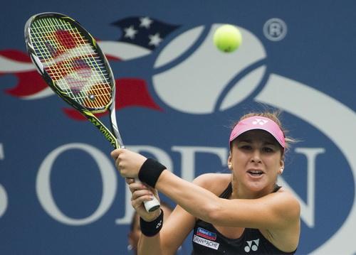Belinda Bencic không đánh bại nổi kinh nghiệm của lão bà Venus Williams
