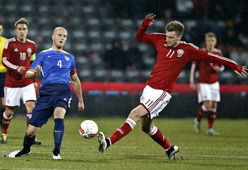 Nicklas Bendner ghi hat-trick cho Đan Mạch