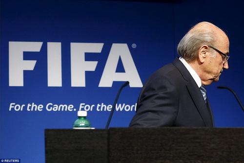 Blatter ra đi, nhiều vấn đề cần giải quyết tại FIFA