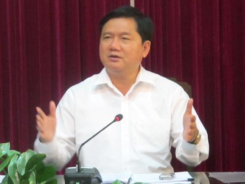Bộ trưởng Đinh La Thăng chốt sửa sân bay quốc tế Tân Sơn Nhất từ 10-4 đến 30-6