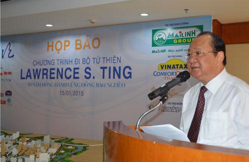 Ông Nguyễn Bửu Hội - Phó Tổng Giám Đốc Công ty TNHH Phát triển Phú Mỹ Hưng chủ trì cuộc họp báo