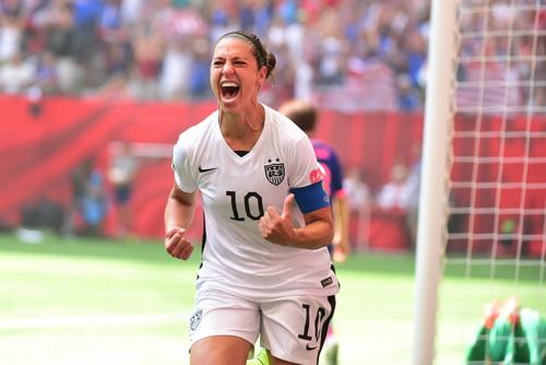 Carli Lloyd ghi hat-trick cho tuyển Mỹ trong trận chung kết