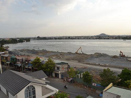 Dự án lấp sông Đồng Nai đang bị dư luận lên án kịch liệt - Ảnh: Xuân Hoàng