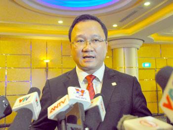 Ông Khuất Việt Hùng, Phó Chủ tịch thường trực Ủy ban An toàn giao thông quốc gia