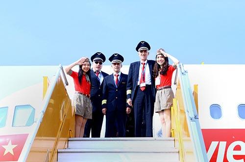 Chào đón tàu bay mới và phi hành đoàn