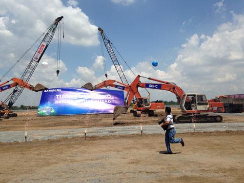 Dự án khu phức hợp điện tử gia dụng Samsung có tổng mức đầu tư 1,4 tỉ USD được khởi công sáng 19-5