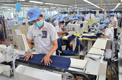 Xuất khẩu dệt may của Việt Nam sang thị trường Mỹ có thể đạt 22 tỉ USD vào 2020 Ảnh: Tấn Thạnh