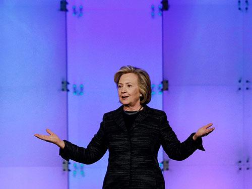 Bà Hillary Clinton được cho là sắp công bố quyết định tham gia cuộc đua vào Nhà Trắng năm 2016 Ảnh: AP