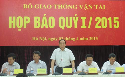 """Thứ trưởng Bộ GTVT Nguyễn Hồng Trường: """"Việc phải hoàn trả lại tiền cho nhà tài trợ JICA là đúng theo thông lệ quốc tế"""" Ảnh: Văn Duẩn"""