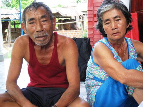 Vợ chồng ông Huỳnh Xuân Phương bức xúc trước một số nội dung trong báo cáo của công an