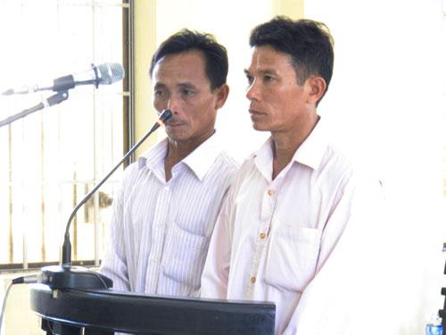 Hai bị cáo Nguyễn Văn Ly và Mai Đình Tâm không phục bản án 1 năm 3 tháng tù giam mà TAND huyện Vạn Ninh tuyên sáng 2-6