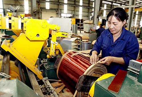 Đa số doanh nghiệp Việt Nam có quy mô nhỏ và vừa, trình độ quản lý thấp, năng lực cạnh tranh yếu nên dễ bị phá sản. (Ảnh chỉ có tính minh họa) Ảnh: Hồng Thúy