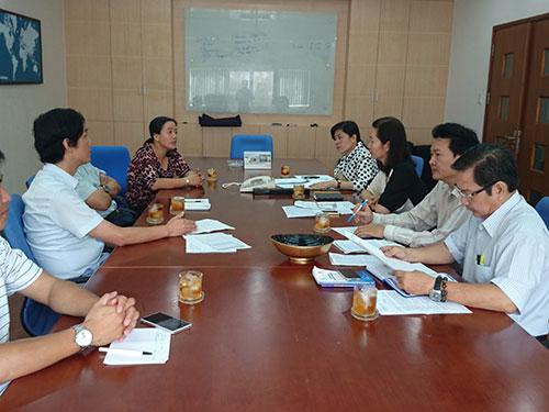 Đại diện LĐLĐ TP HCM và LĐLĐ huyện Củ Chi phối hợp giải quyết tranh chấp tại Công ty Carimax
