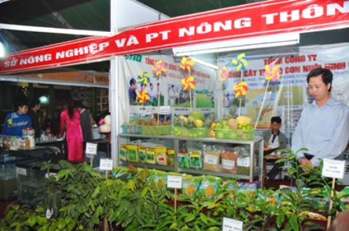 Các đdoanh nghiệp cần nỗ lực đưa hàng Việt đến tay người tiêu dùng
