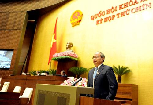 Chủ tịch Ủy ban Trung ương MTTQ Việt Nam Nguyễn Thiện Nhân: Cư tri lo lắng, bất bình trước việc Trung Quốc tăng cường cải tạo, xây dựng ở Hoàng Sa, Trường Sa - Ảnh: Thắng Long