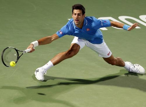 Djokovic dễ dàng vượt qua Golubev, chờ chạm trán Marsel Ilhan