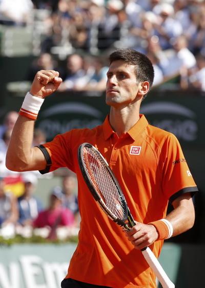 Djokovic truất ngôi Nadal, chờ kỳ tích ở Roland Garros