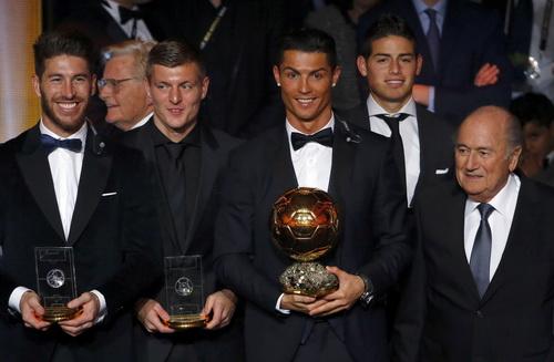 Các ngôi sao trong đội hình tiêu biểu FIFA 2014