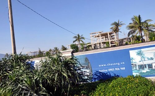 Dọc bờ biển Đà Nẵng có khá nhiều dự án bất động sản nghỉ dưỡng được cấp phép từ nhiều năm nhưng không triển khai.