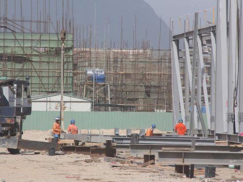 Công nhân đang thi công tại dự án của Fomosa ở Khu Kinh tế Vũng Áng (Ảnh minh họa) - Ảnh: Thế An