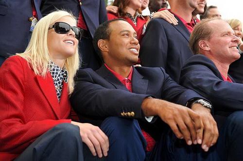 Tiger Woods và cô vợ Elin