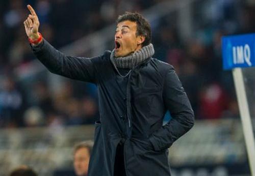 HLV Enrique đưa Barcelona giành hai chiến thắng sau cú sốc Sociedad