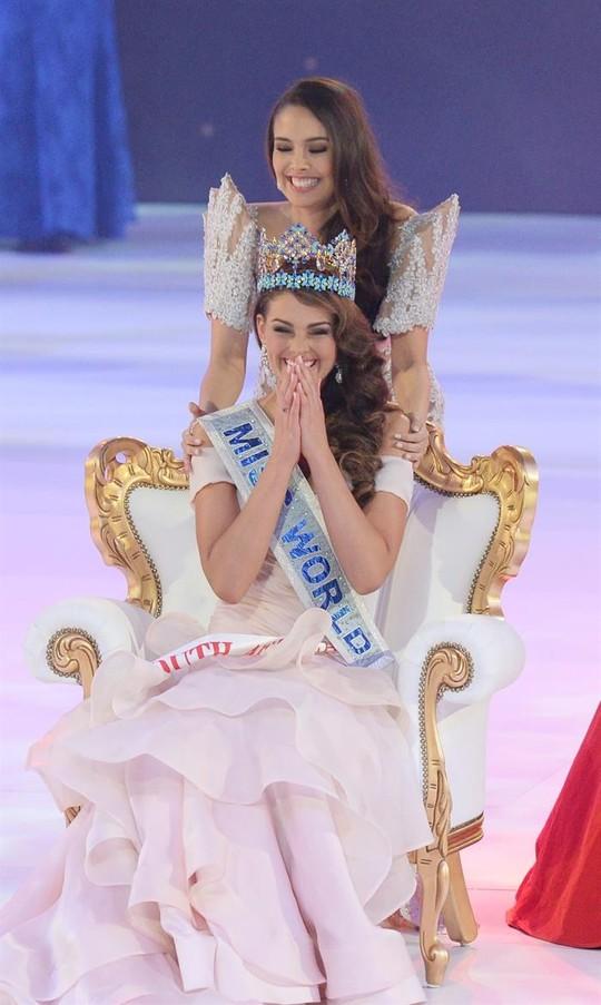 Rolene Strauss, Hoa hậu Thế giới 2014, người đẹp đến từ Nam Phi chiến thắng cuộc bầu chọn Miss Grand Slam