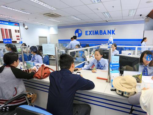 Eximbank cảnh báo gian lận thẻ ATM - Ảnh 1.