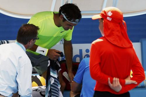 Federer cũng không có được tình trạng sức khỏe tốt nhất ở vòng hai