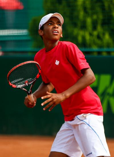 Felix xác định phải học văn hóa cùng với việc tập luyện quần vợt