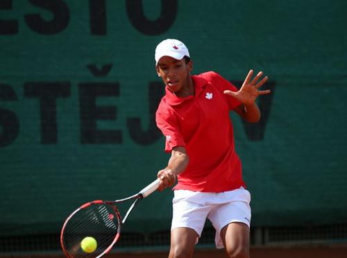 Felix Auger Aliassime thi đấu ở giải Challenger khi mới 14 tuổi