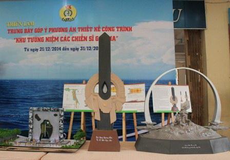 """Ba đồ án được chọn vào vòng chung kết cuộc thi thiết kế Đài tưởng niệm Gạc Ma, từ trái qua: """"Hành trình khát vọng"""", """"Giọt nước mắt thiên thu"""" và """"Những người nằm lại phía chân trời""""."""