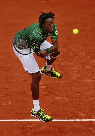 Gael Monfils đã đánh bại Federer ở Monte Carlo Masters