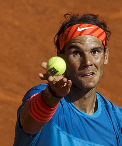 Nadal thể hiện lối chơi toàn diện ở trận bán kết