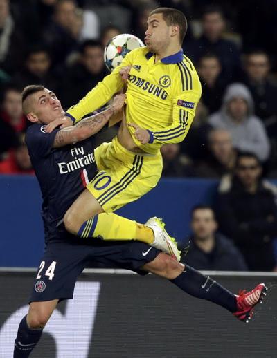 HLV Mourinho tố cáo các cầu thủ PSG nhắm tấn công Hazard suốt trận lượt đi