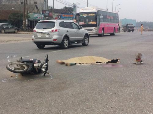 Hiện trường vụ tai nạn nam thanh niên bị xe tải hổ vồ cán chết trên đường đi làm sáng 27-1