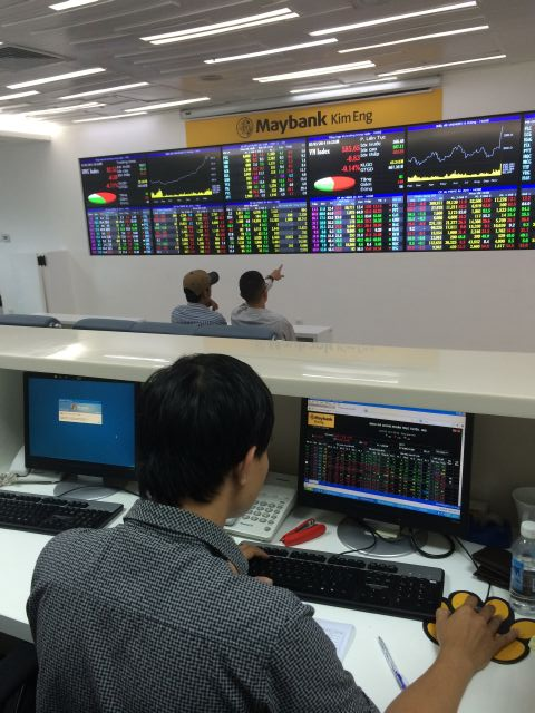 Cổ phiếu đầu cơ giao dịch khá sôi động trong phiên giao dịch 27-8