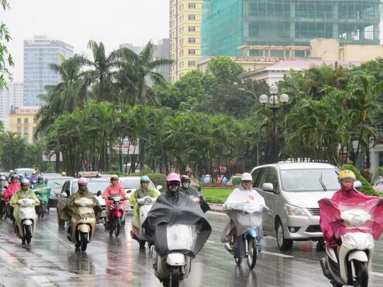 Miền Bắc mưa, rét do đón không khí lạnh tăng cường. Ảnh: Văn Duẩn