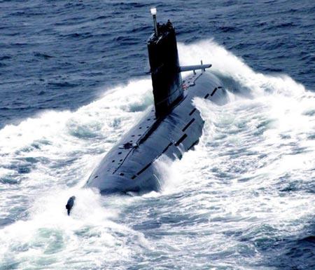 A PLA submarine. (File photo/Xinhua)