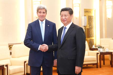 Secretary of State John Kerry and President Xi Jinping in Beijing, May 17, 2015. (Photo/CNS)