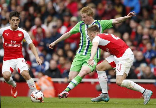 Kevin de Bruyne chơi xông xáo trong thành phần Wolfsburg