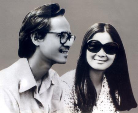 Nhạc sĩ Trịnh Công Sơn và ca sĩ Khánh Ly thời trẻ. Ảnh: Minh somi