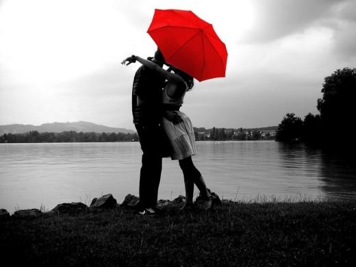 Bạn có tự tin sẽ thoát khỏi tình yêu? Ảnh: hubpages.com